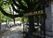 Achterhoeks Padvast in het Vondelpark